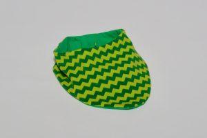 Halstuch Stoff Vorderseite: Jersey zickzack grün Stoff Rückseite: Jersey uni grün Klettverschluss