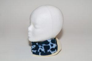 Loop Stoff Vorderseite: Fleece Herzen dunkelblau Stoff Rückseite: Nicki creme